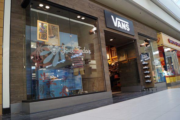 Vans Now Open! - Walden Galleria