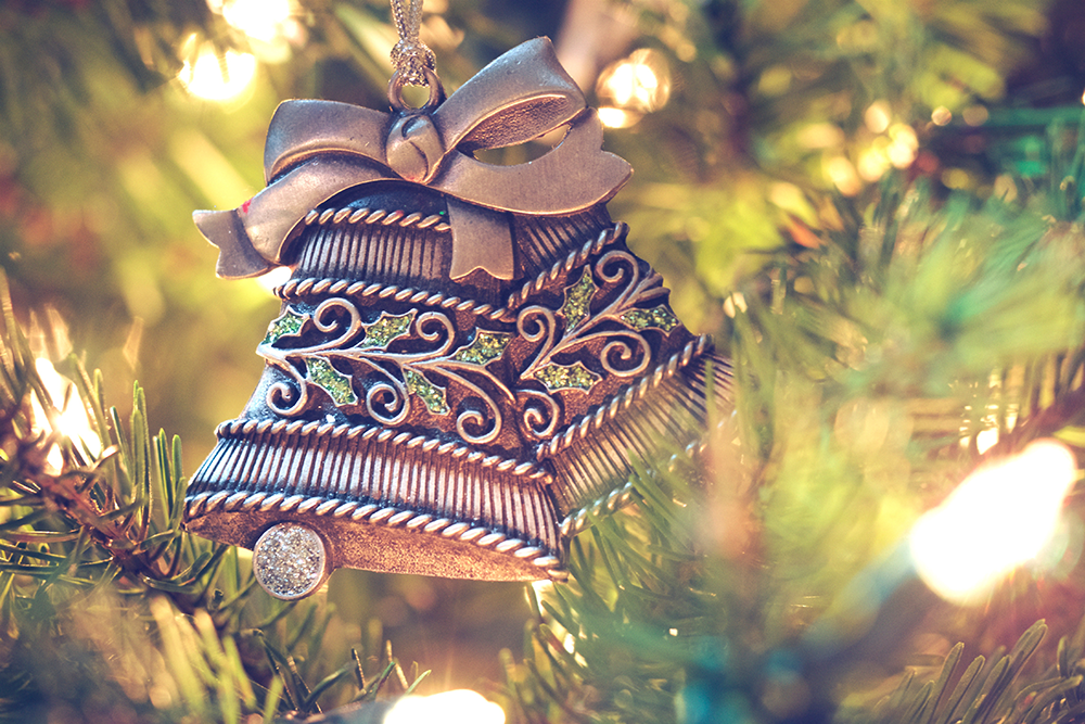 2016-holiday-hours_featured-image