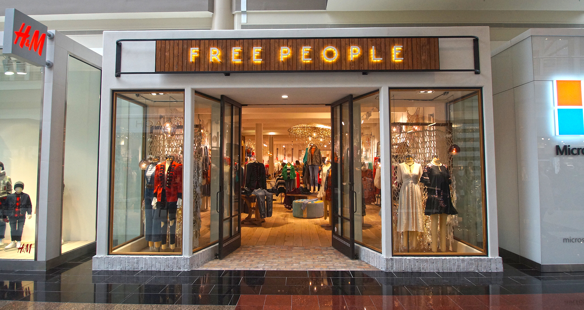 Free People_Relo_Store Front 2