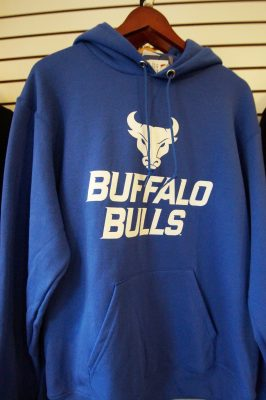 tee shirt university ub bulls sweatshirt